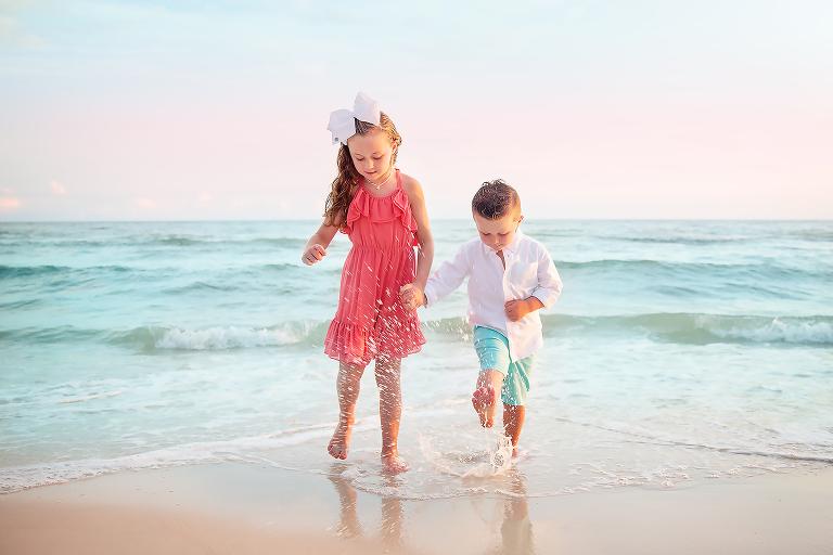 Mini Beach Session, kids splashing
